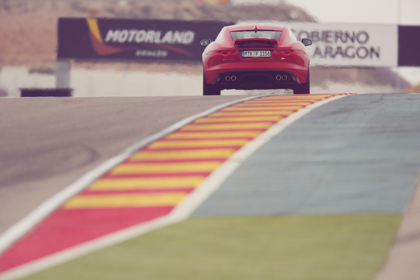 Jaguar F-TYPE Coupé Motorland Circuit 02