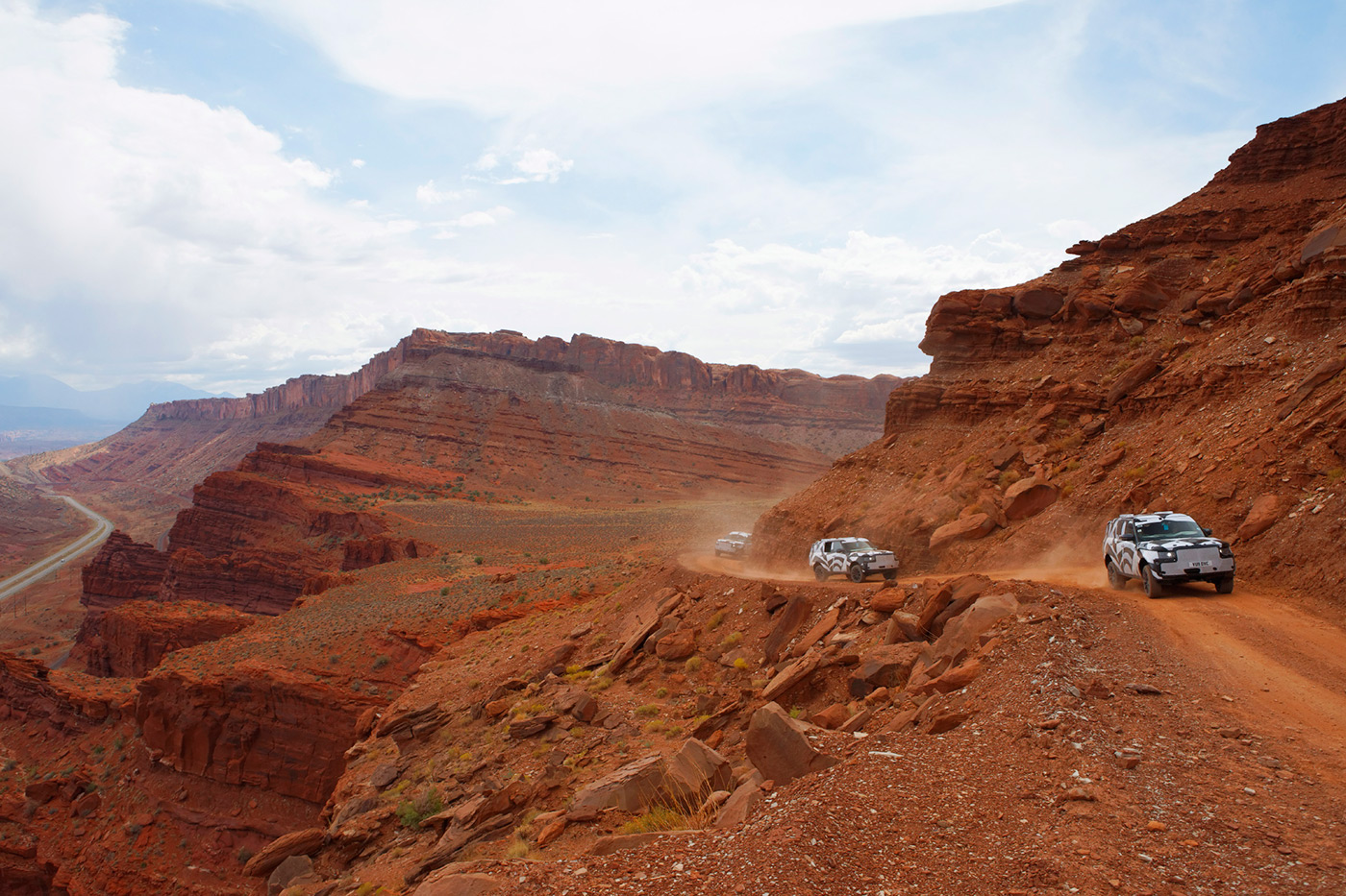 <p>Official testing shots of camouflaged L405 Range Rovers in Moab, Utah.</p>