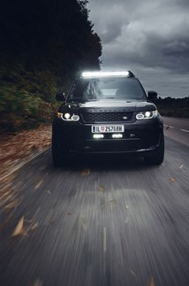 <p>The all-black Range Rover SV-R as used by James Bond baddy Hinx in <em>Spectre</em></p>